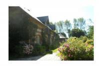 maison et jardin typique
